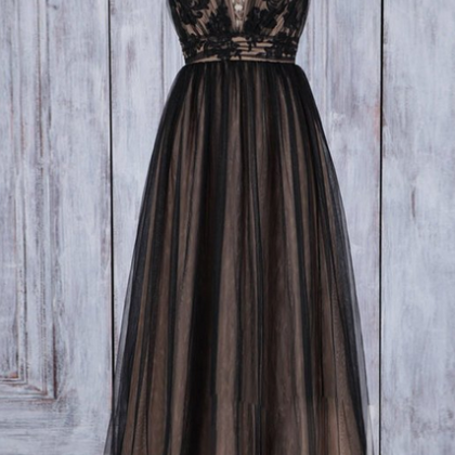 Black v neck lace tulle long prom d..