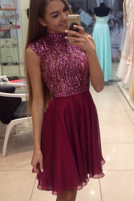 Burgundy High Neck Sleeveless Beaded Bodice Crystal Homecoming Dress Short Vestido De Formatura Curto