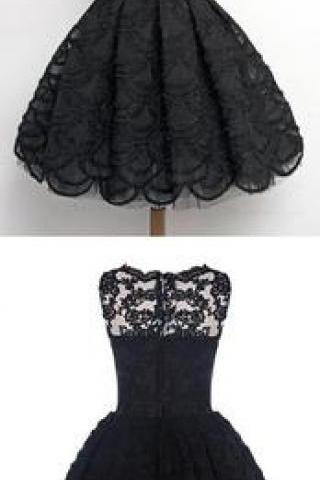 A-Line Sleeveless Scalloped-Edge Vintage Black Lace Prom Homecoming Dress