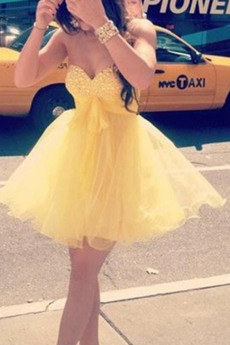 Yellow Short Modest Sweetheart Cute Homecoming Dresses