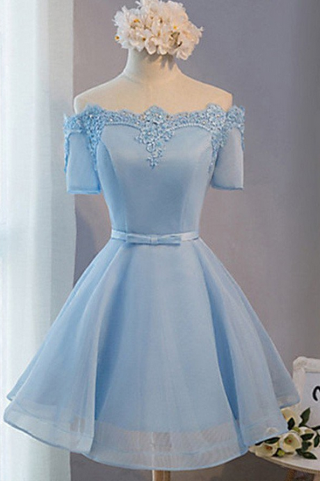 Elegant A-Line Off-the-shoulder Lace Up Short Homecoming Dress With Appliques