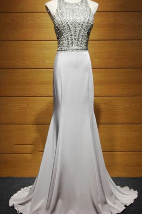 The grey mermaid scabbard has been in a dress for the evening gown with a dress for the back of a red dress