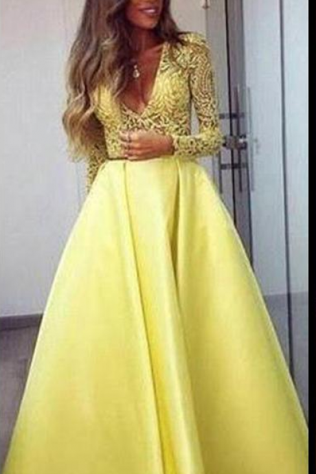 Yellow Dubai Long Sleeves Evening Gowns Plunging V neck Lace Dresses Evening Wear Zuhair Prom Party Dresses