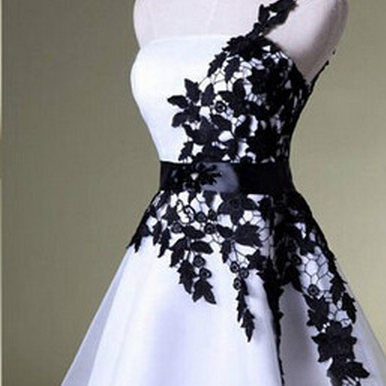 Hot-selling A-line Homecoming Dress,Black Lace /Mini Homecoming Dress,White Homecoming Dresses