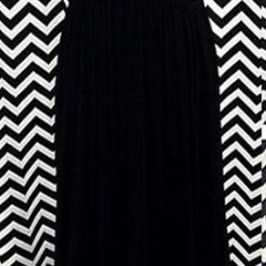 Modern A-Line Crew Neck Prom Dress,Floor Length Black Chiffon Evening Dress with Beading
