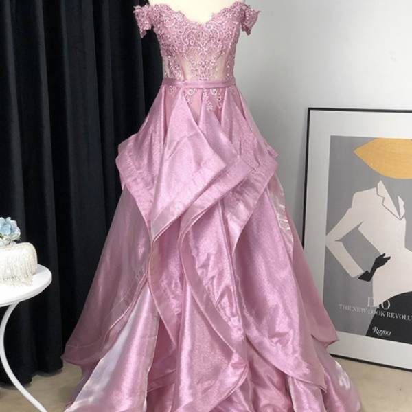 A-Line/Princess Satin Off-The-Shoulder Applique Sleeveless Floor-Length Dresses