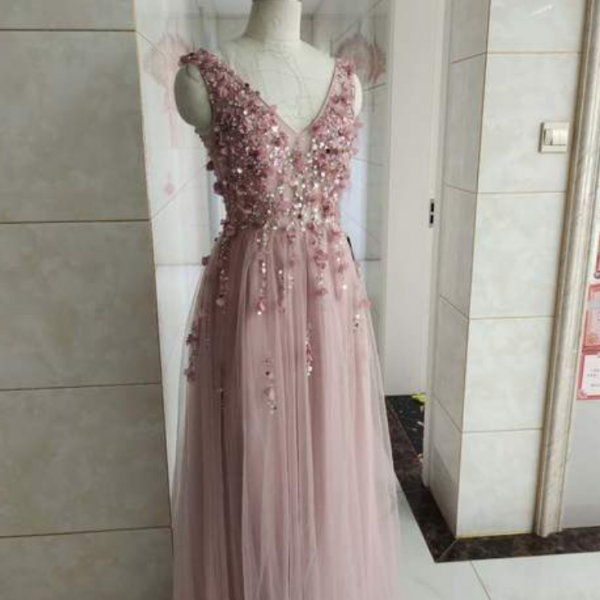 Long V-neckline Party Dress, A-line Tulle Prom Dress